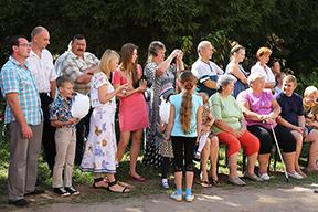 Жители Алферова
